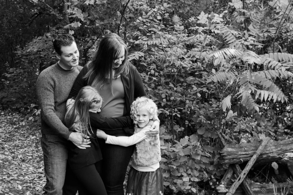 Black_and_White_Family_Portraits_April_McColeman_Photography